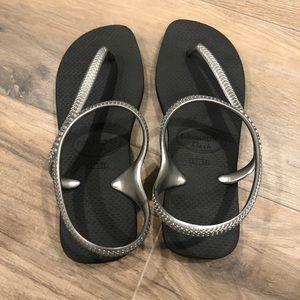Havaianas flip flops brand new, never worn SZ 7/8